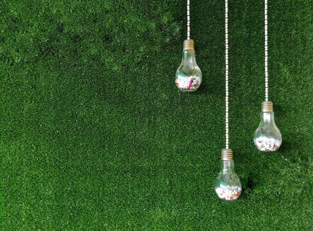 outdoor party ideas with artificial grass
